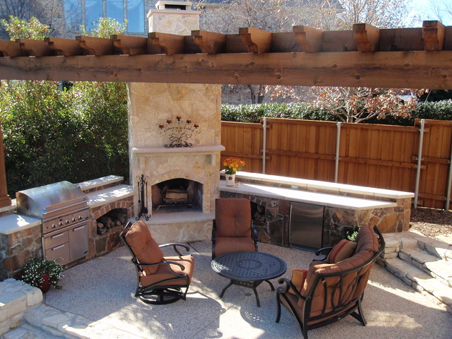 ... Garden Design With Southwest Fence Uamp Deck: Outdoor Living Space  Traditional Patio With Pool Landscaping