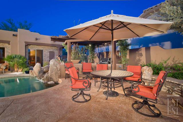 Southwest Residence 1 mediterranean-patio