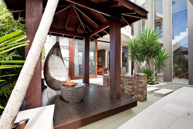 Sovereign Island Residence Tropical Patio Brisbane