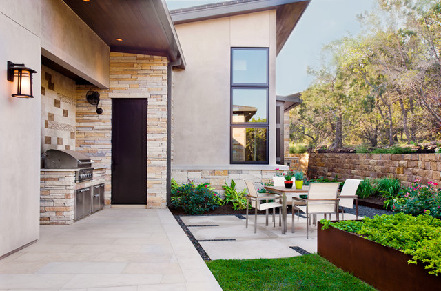 Spanish Oaks Custom Contemporary Contemporary Patio