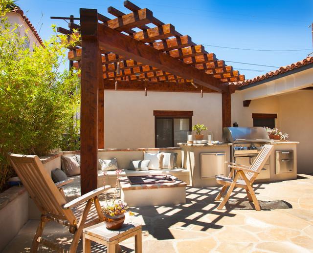 Spanish style ranch Mediterranean ranch