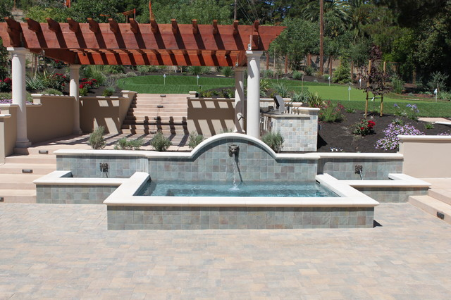 Spas in pools traditional-patio