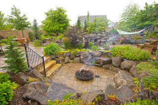 Spokane Valley Oasis - Traditional - Landscape - Seattle - by Clearwater Summit Group