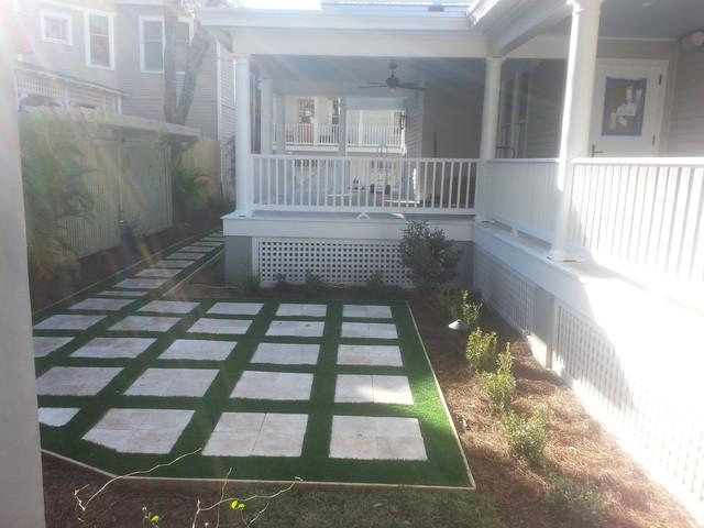 St Augustine Florida Side Yard Historic Home On St George