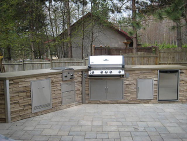 Stacked Stone Outdoor Kitchen Traditional Patio