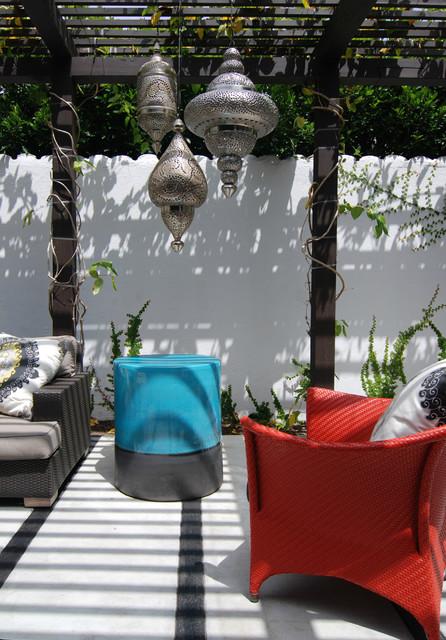 Stanley Outdoor contemporary-patio