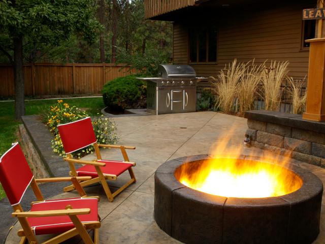 Stay Warm contemporary-patio