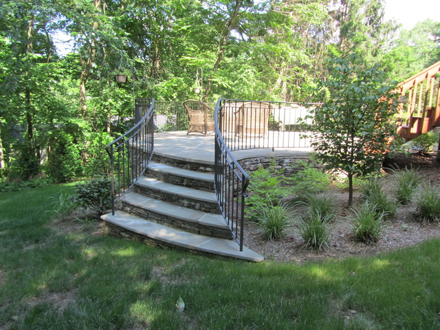 Stone terrace traditional-patio