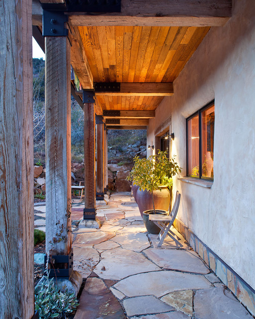 Straw bale house rustic-patio