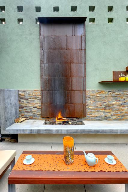 Studio City Terrace contemporary-patio