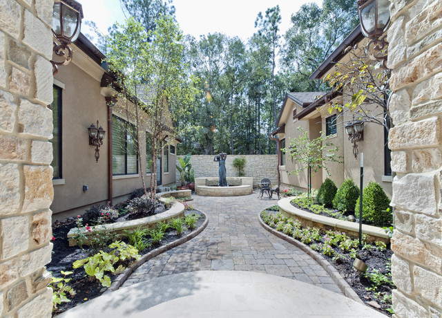 Sullivan, Henry, Oggero and Associates, Inc. modern patio
