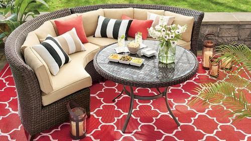 Fourth of July geometric print carpet