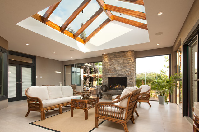 Surrey panorama home transitional patio vancouver for Interior decoration living room roof