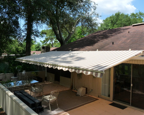Sunesta Retractable Awnings - New Horizons is the exclusive Central Florida dealer for Sunesta Retractable Awnings. Sunesta has been manufacturing quality motorized and manual retractable awnings since 1981.