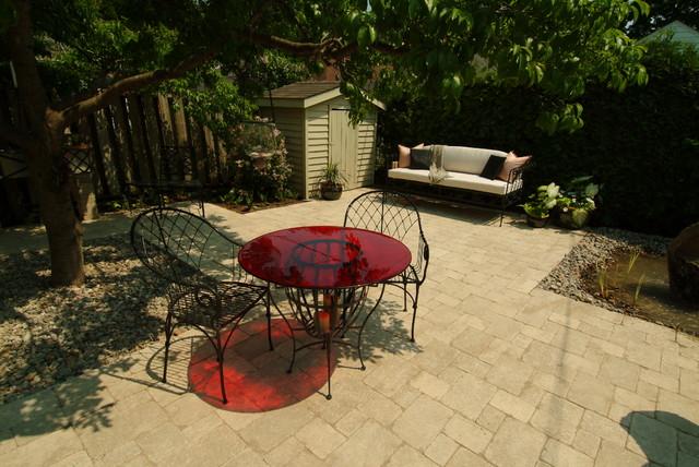 Sunnybrook contemporary-patio
