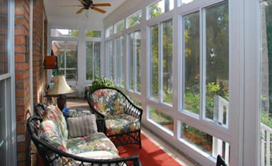 Sunrooms enclosed patios for Piani di casa con portici schermati e sunrooms