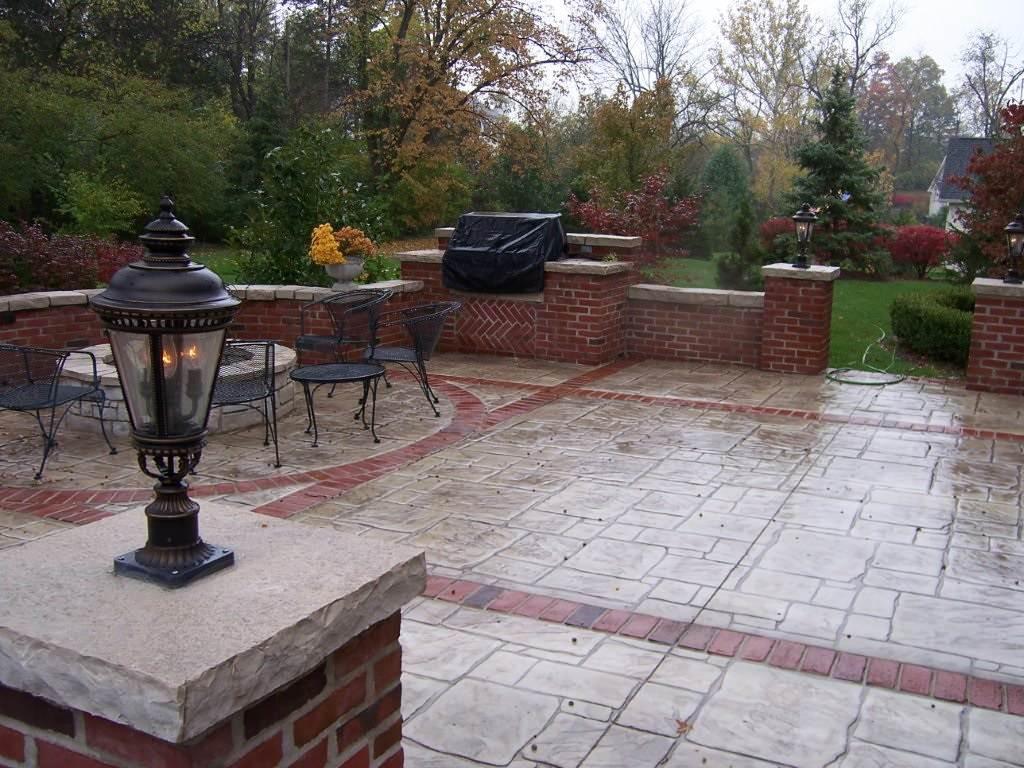 Sunset Hills, Missouri multi-pattern stamped concrete patio