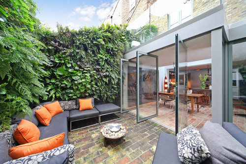 Easily Accessible Indoor and Outdoor Space