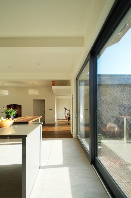 Contemporary Patio Cork Takapuna 1832 House Refurbishment contemporary-patio