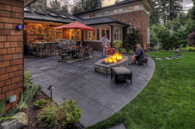 Talwalker project traditional patio portland by for Paradise restored landscaping exterior design