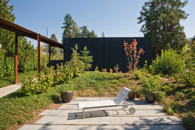 Tansu House Contemporary Patio Seattle By Dovetail