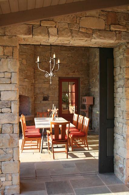 Taylor Lombardo Architects traditional-patio