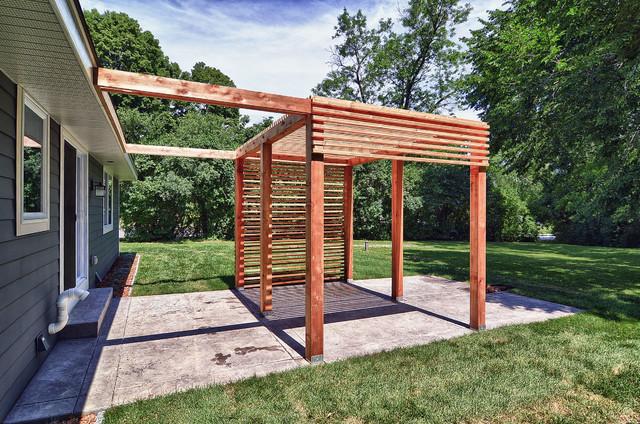 Tee Trail Residence contemporary-patio