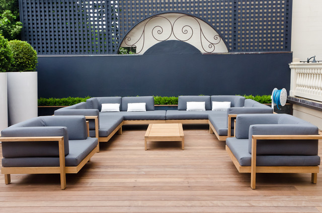 Terrace by Sean Weatherill contemporary patio