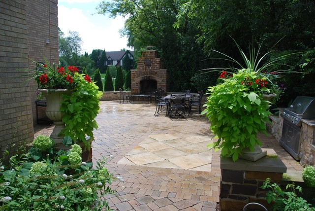 Terraces and stone work traditional-patio