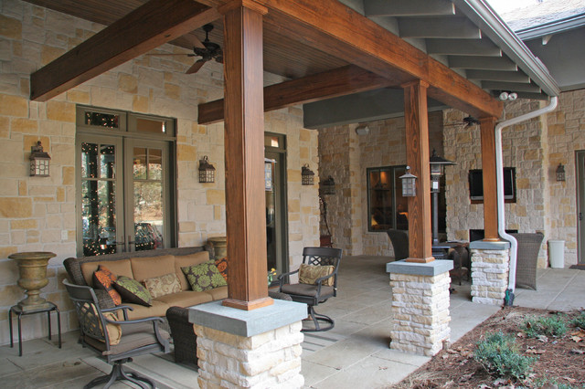 Texas Hill Country House Traditional Patio