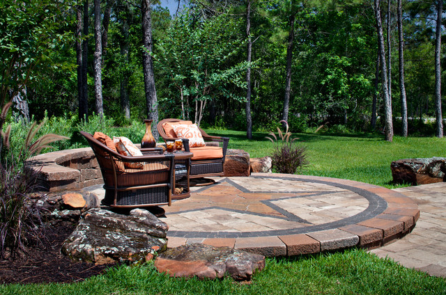 Texas Style Sitting Area Traditional Patio