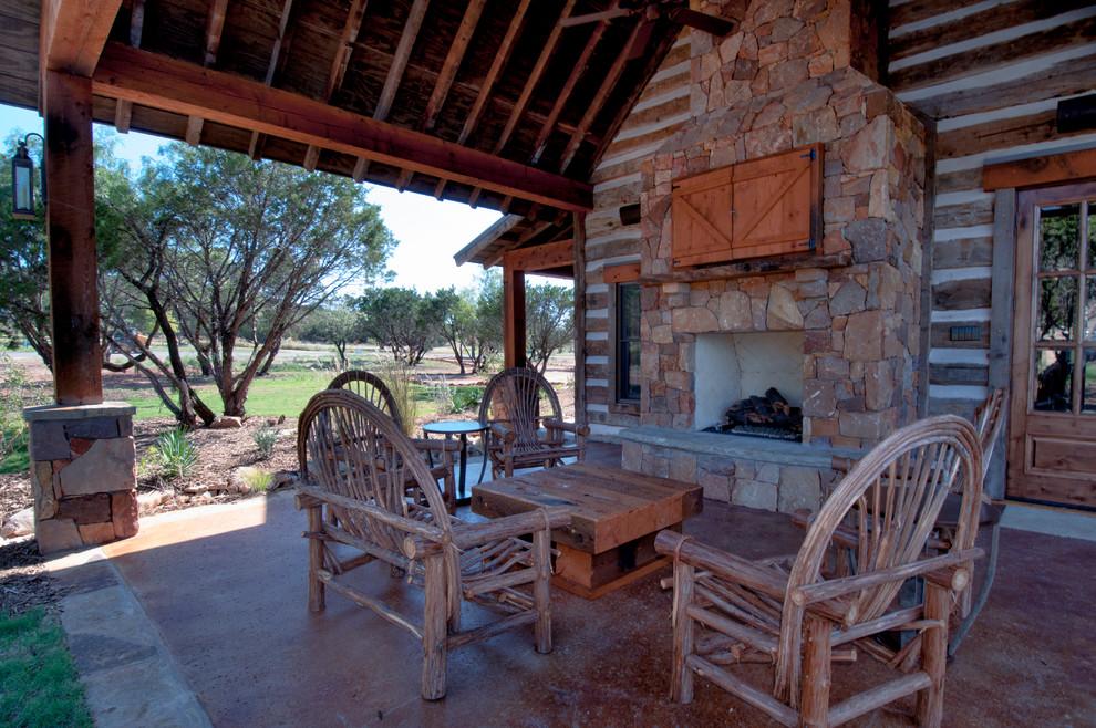 Texas Vacation Cabin Rustic Patio, Cabin Outdoor Furniture