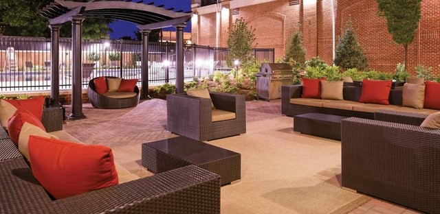 The Alaire modern-patio