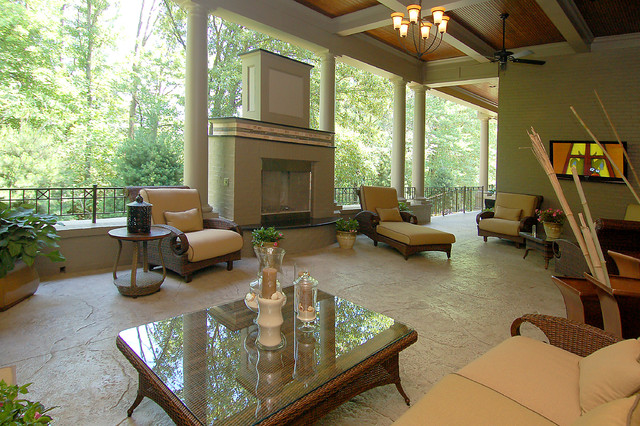 The Bel Aire by W.V. de Stefano Homes traditional-patio