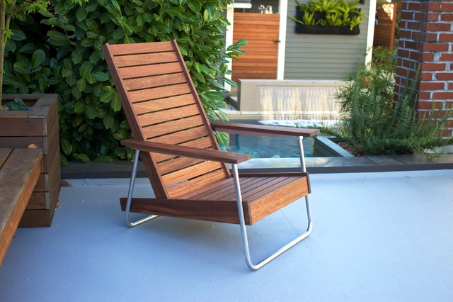 The Belmont outdoor leisure chair modern-patio
