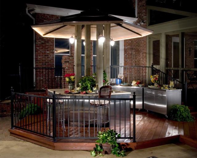 the bohemian kitchen of Gozan Interiors tropical-patio