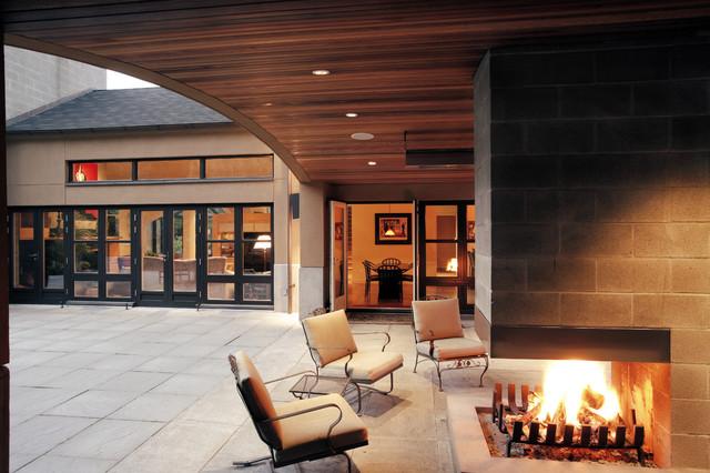 The Bridge House contemporary-patio