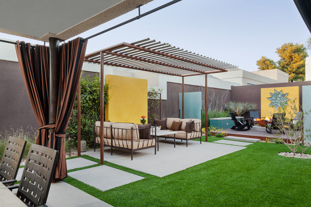 The colony house modern landscape phoenix by for Modern house landscaping