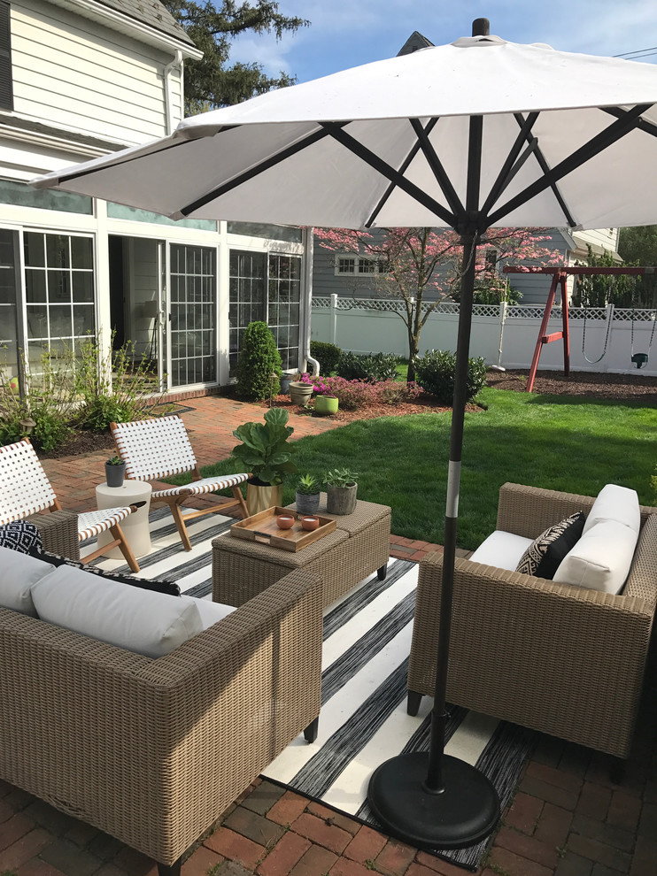 Example of a patio design in New York