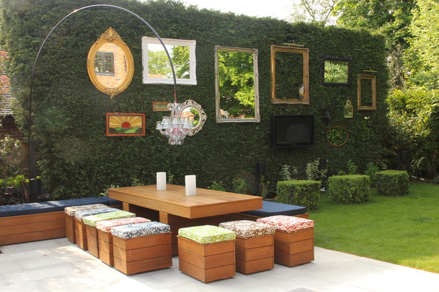 Example Of A Cottage Chic Patio Vertical Garden Design In London