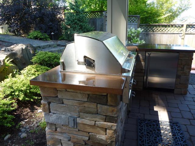 Tigard Outdoor Kitchen Fire Pit Mediterranean Patio
