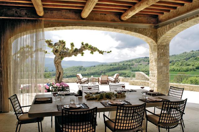 Todi villa in campagna portico londra di alhadeff for Colonne di portico di casa