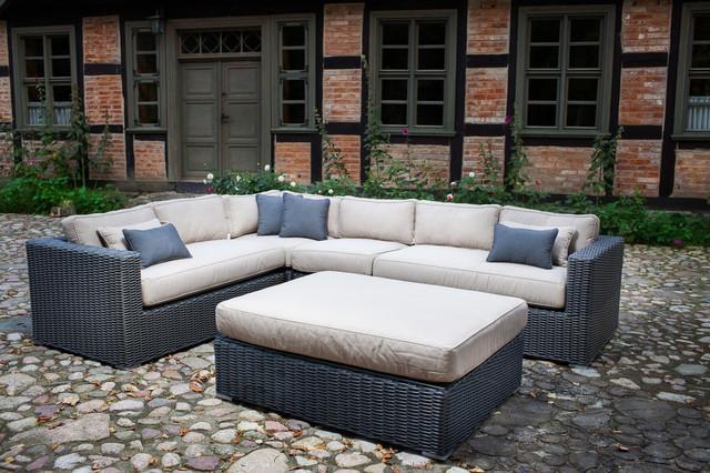 Toja patio furniture yorkville sectional set house for Outdoor sectional sofa toronto