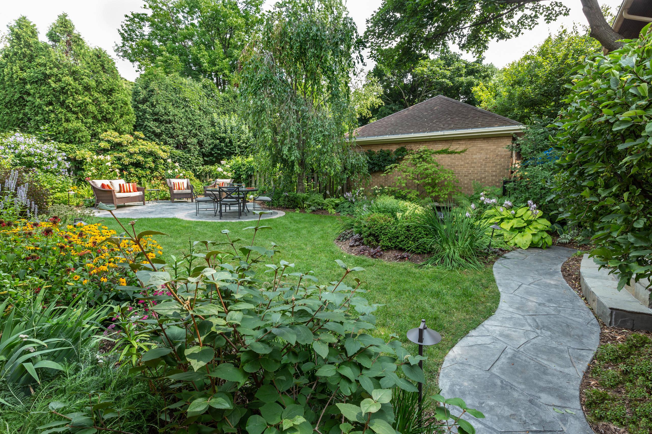 Traditional Backyard Landscape Renovation - Milwaukee