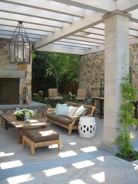 Traditional Covered Terrace