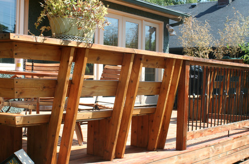I like the design of the deck with bench built into the deck.