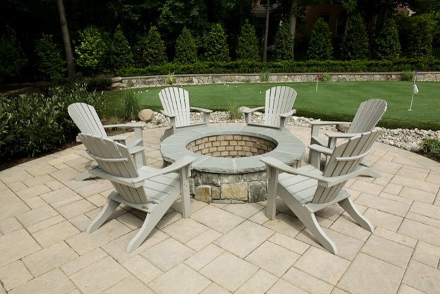 Wood Burning Fire Pit traditional-pool