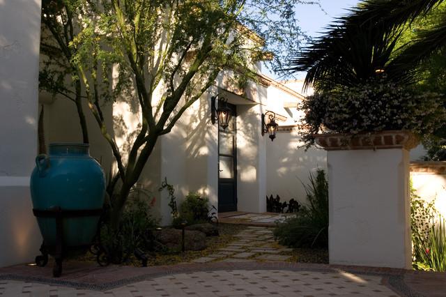 Transitional Home mediterranean-patio