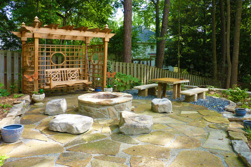 Transitional Patio