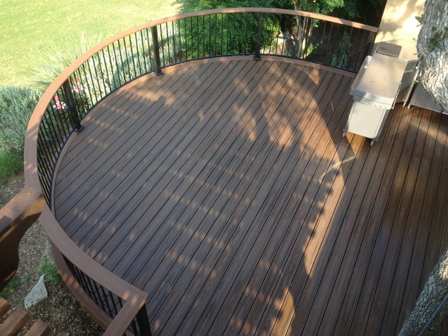 Trex Curved Spiced Rum Contemporary Patio Austin